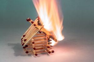 L'assurance peut-elle aider à reconstruire un logement en cas de sinistre ?
